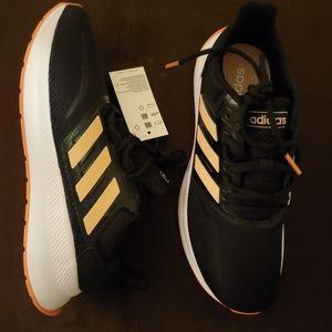 NWT Runfalcon Adidas Womens Size 6 Coral/Black
